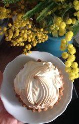 festa della donna - crostatina al limone meringata